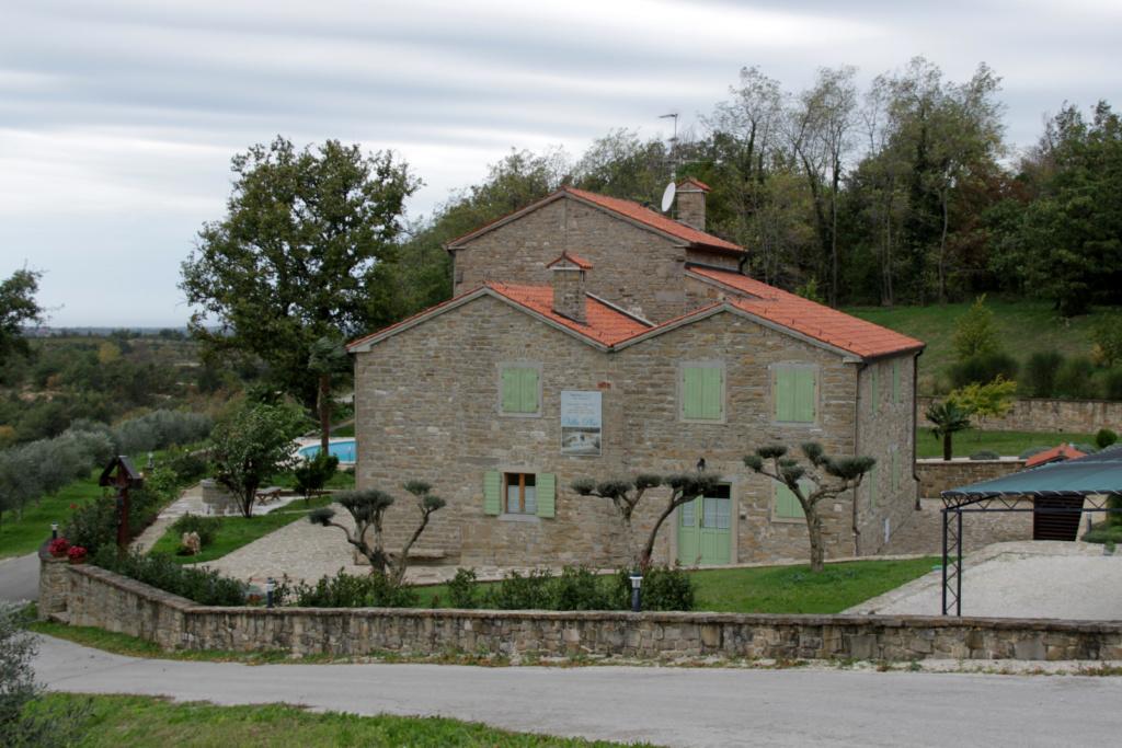 Številne luksuzne vile, Istra