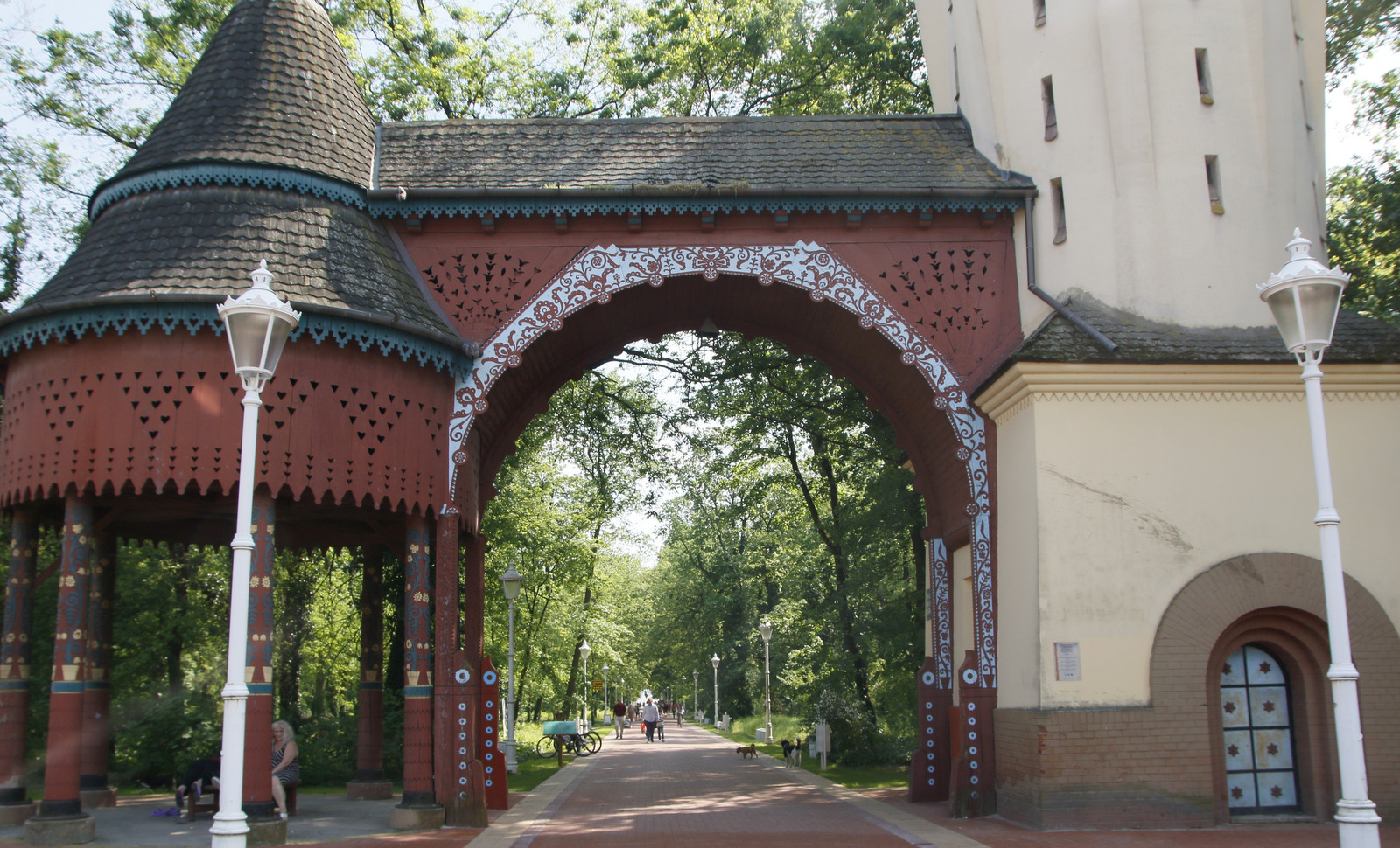 Palič Vrata med parkom in obmorskim sprehajališčem