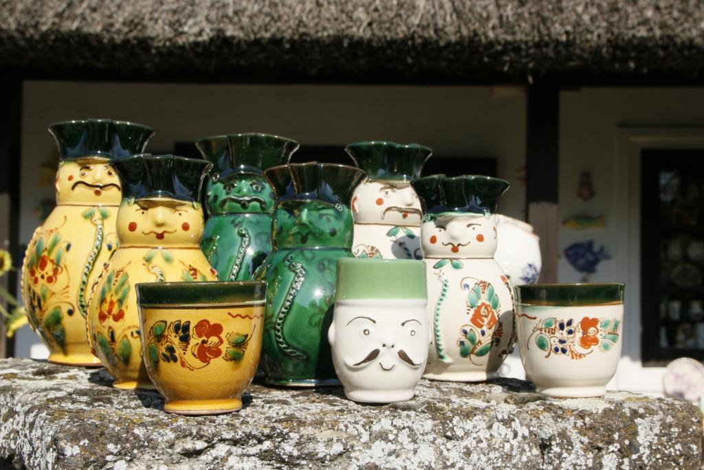 Domiselna madžarska keramika v Tihany