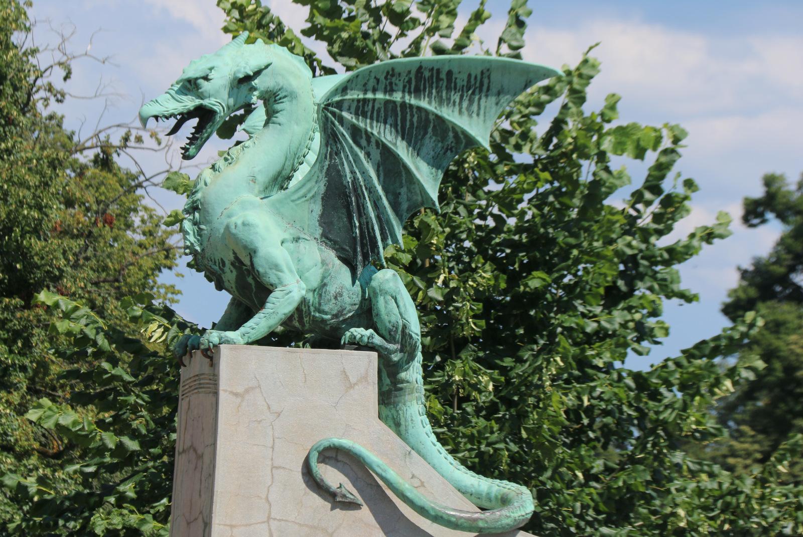 Ljubljanski zmaj, Zmajski most