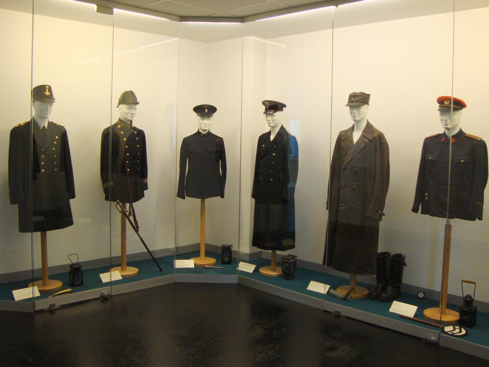 Železničarske uniforme