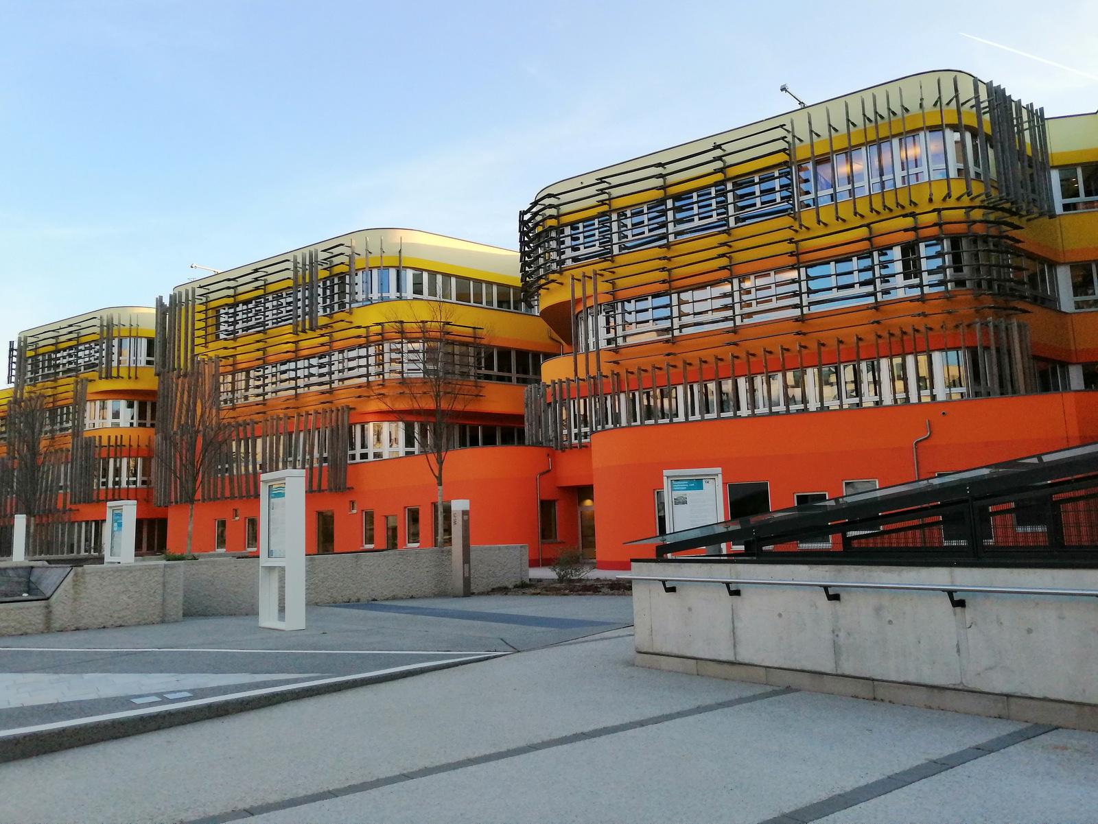 Kompleks Ekonomske fakultete in študentski domovi