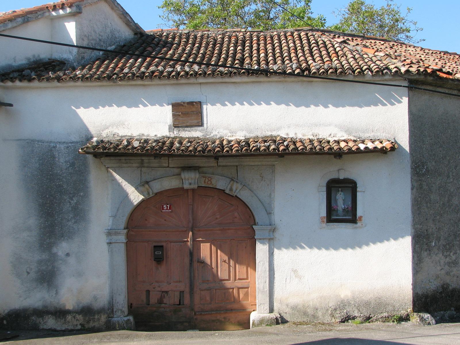 Značilna hiša v Kobjeglavi