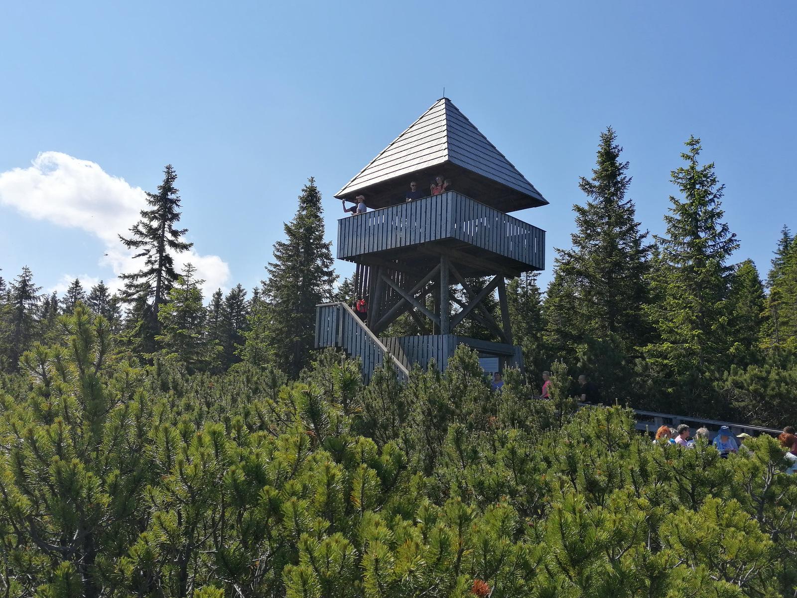 Lovrenška jezera , razgledni stolp
