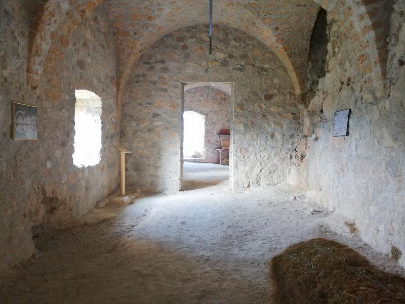 Grad Kostel, zunanjost