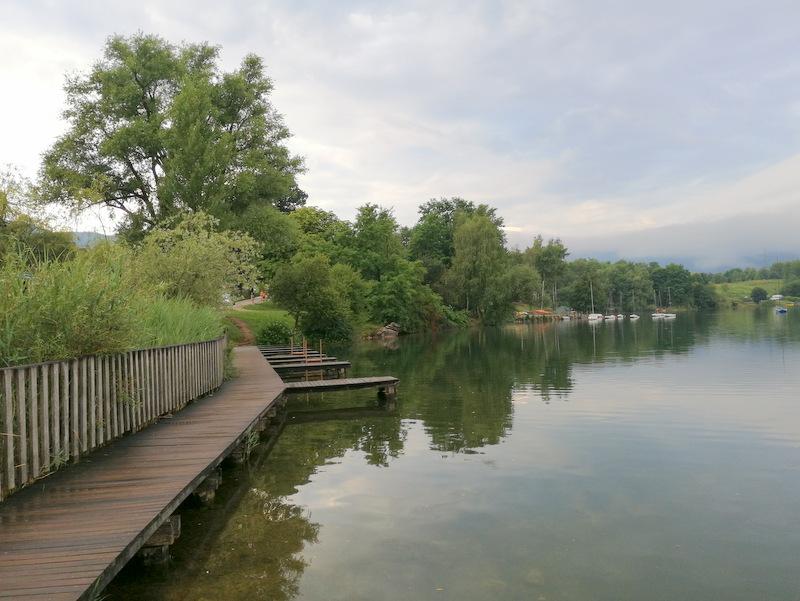 Pomoli ob Kočevskem jezeru