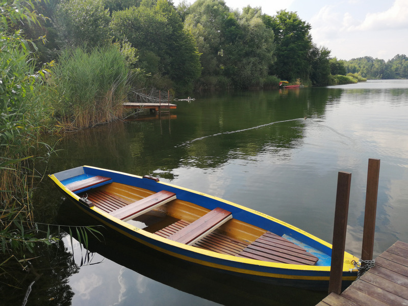 Kočevsko jezero, čoln