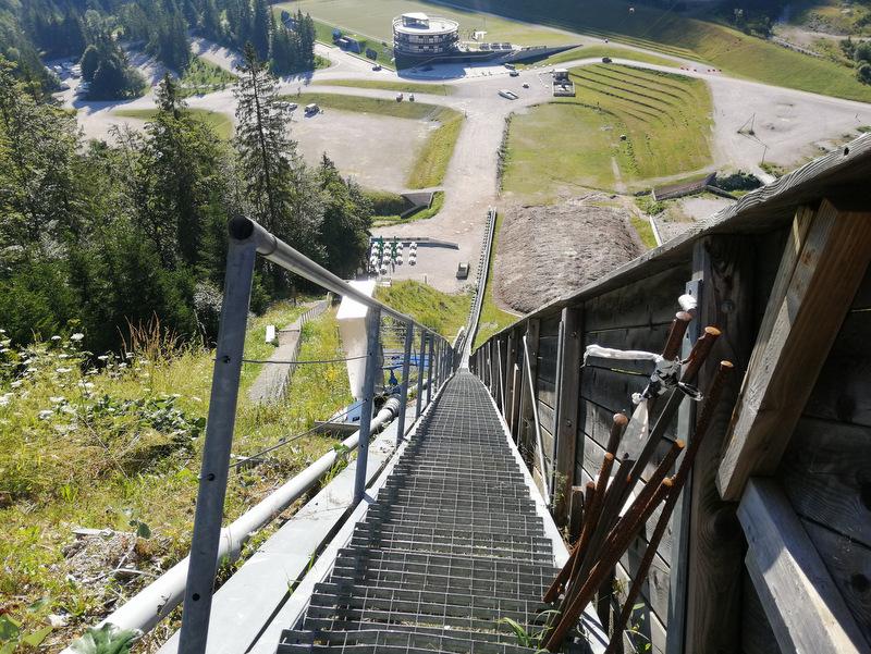 Planica, pot na vrh velikanke