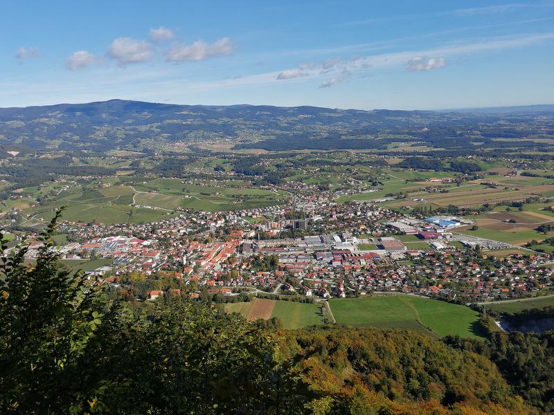 Razgled na mesto Slovenske Konjice s Skale