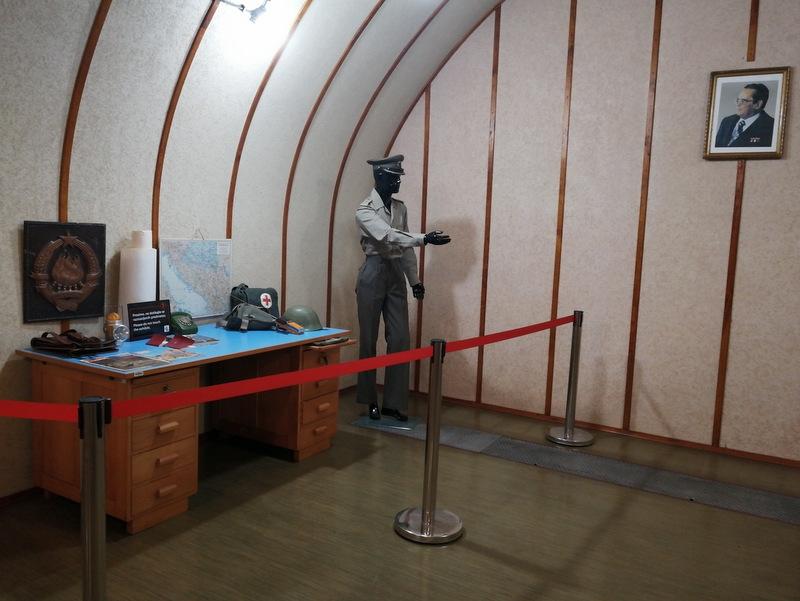 Bunker Škrilj notranjost